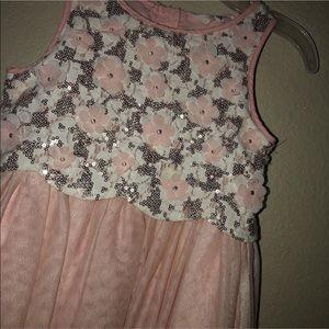 H&M Dresses - EUC H&M dress 3-4Y